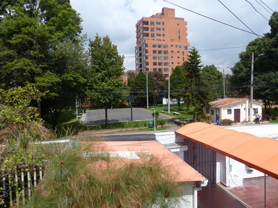 Casa Usos De Oficinas, Jardín, Hogar Geriatrico