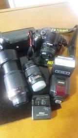Camera Nikon D40 + 2 Objetivas + Flash + Grip