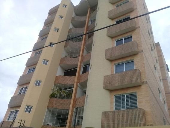 Inmobiliaria Maggi Alquila Apartamento En Agua Blanca