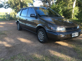 Mitsubishi Space Wagon Full