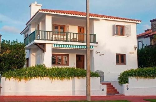 Casa En Venta De 6 Dormitorios En Peninsula
