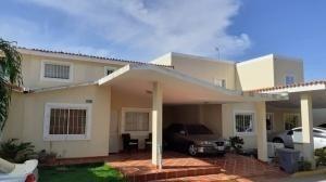 Casa En Venta Caminos Del Doral Sumy Hernandez 04141657555