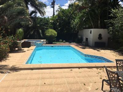 Casa Em Camboinhas, Niterói/rj De 435m² 3 Quartos Para Locação R$ 3.800,00/mes - Ca198645