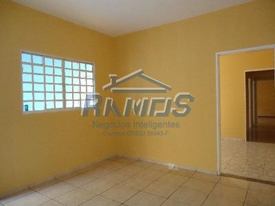 Locação - Casa - Jardim Residencial Alvorada - Araras - Sp - 176