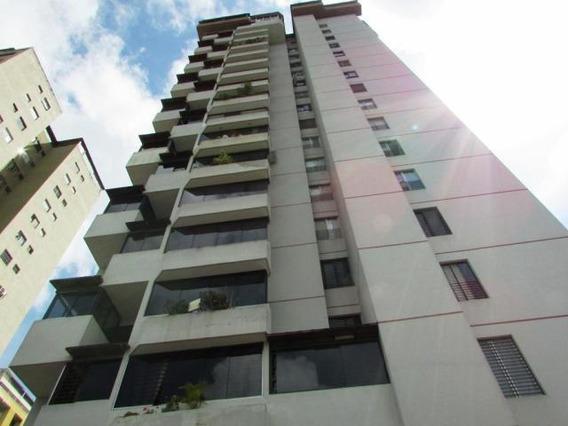 Apartamento En Venta Guaicay Ab4 Mls17-10209