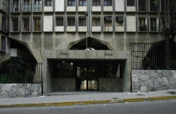 Apartamento En Venta En El Recreo Caracas