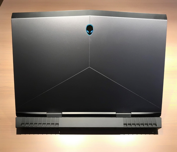 Notebook Alienware 17 R5
