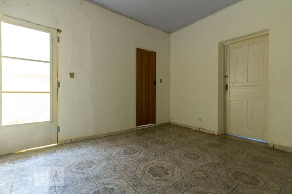 Casa Com 2 Dormitórios E 1 Garagem - Id: 892928107 - 228107