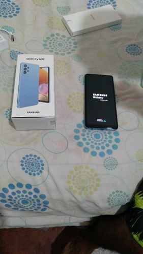 Imagem 1 de 5 de Vender Se Galaxy A32 Novo Apenas 4 Dias De Uso Tudo Perfeito