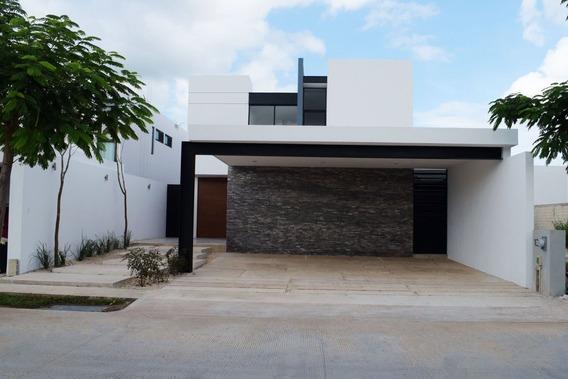 Casa En Venta En Privada Arborea Lote 131 En Conkal