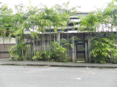 Casa En Venta Los Palos Grandes Caracas Edf 18-7833