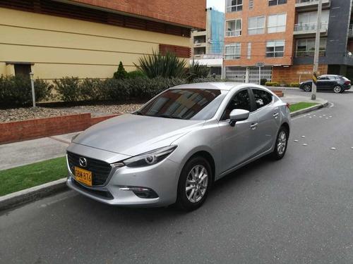 Mazda 3 Touring 2.0 Automático 2020 Gris