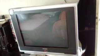 Televisor De 29 Con Mesa