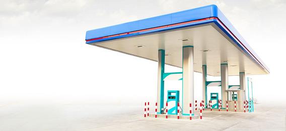 Estación De Combustible Entre San Francisco Y Nagua