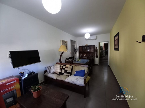 Se Vende Apartamento - 4 Dormitorios (tres Cruces)