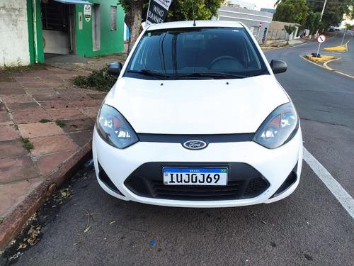 Fiesta Hatch 1.0 - Ano 2014