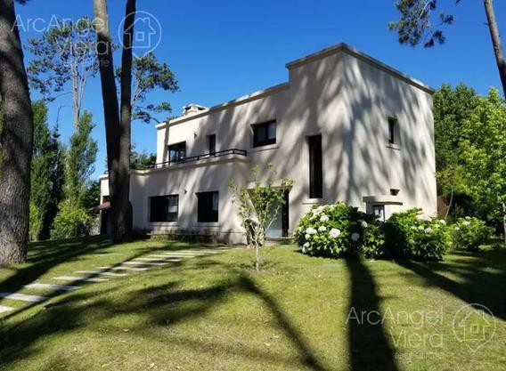 Casa Moderna En Alquiler Anual En Barrio Privado En Punta Del Este