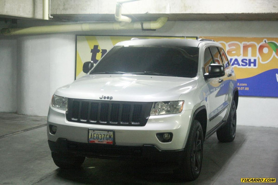 Jeep Grand Cherokee 4x4 Laredo