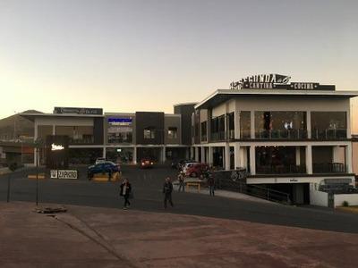 Local Comercial En Plaza En Av. Mirador Esquina Periférico
