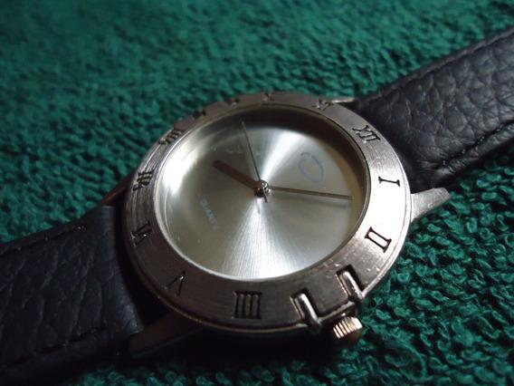 Oscar De La Renta Reloj Retro