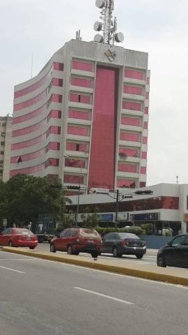 Oficina En Venta Zona Este Barquisimeto Lara 21-6936