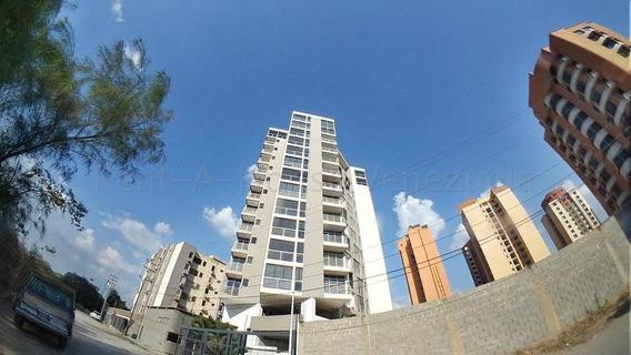 Apartamento En Venta Barquisimeto Este 20-8784 Jg