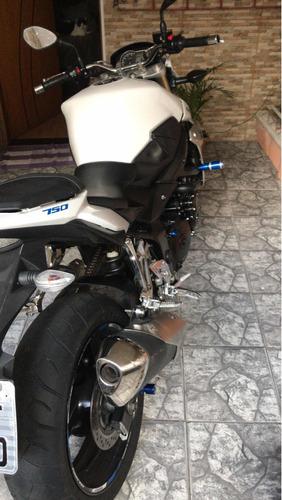 Imagem 1 de 12 de Suzuki Gsr 750