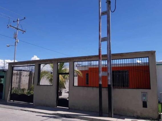 Sky Group Vende Casa En Urb, Buenaventura (guc-259