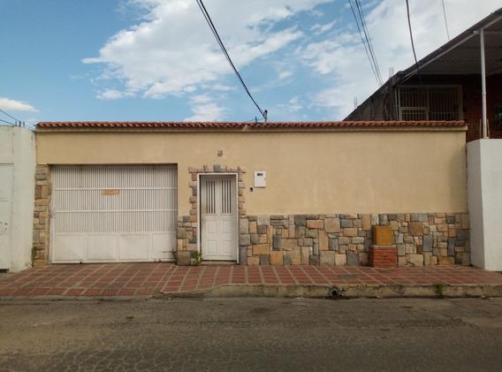 Casa En Venta En Los Olivos A 2 Cuadras De Hiper Jumbo