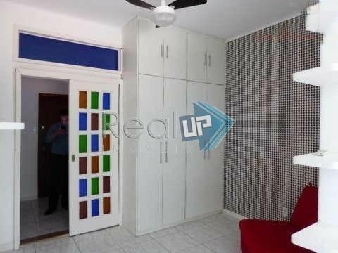 Apartamento Com 1 Quartos Para Comprar No Catete Em Rio De Janeiro/rj - 18861