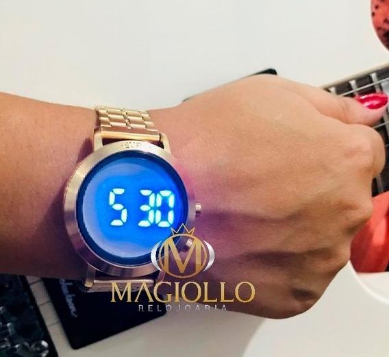 Relógio Feminino Dourado Digital Led Azul Euro Sabrina Sato Eubj3407aa/t4p Com Pulseira Silicone Preta Original