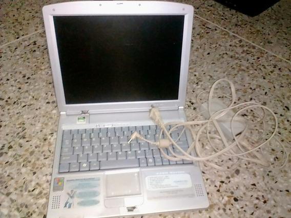 Laptop Con Cargador Cambio