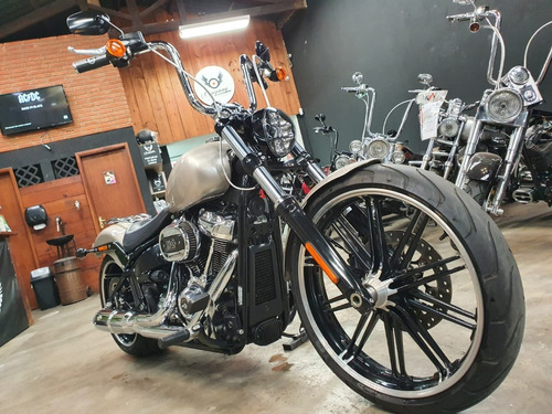 Imagem 1 de 11 de  Harley Davidson  Breakout 114 2018