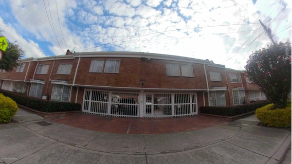 Vendo Hermosa Casa Condominio Cerrado Cedritos Mls 20-817