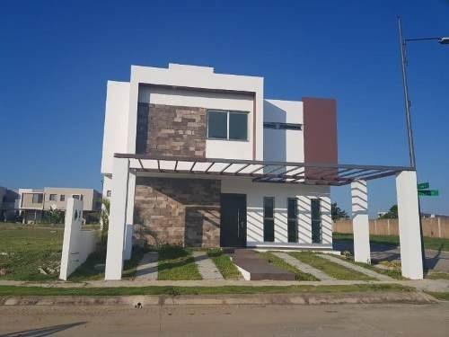 Casa Sola En Venta Fraccionamiento Residencial Altozano El Nuevo Tabasco
