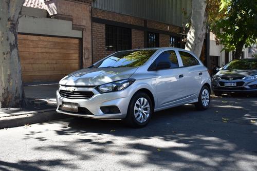 Chevrolet Onix 1.4 8v Lt Mt (98cv) 2017 - N-u-e-v-o