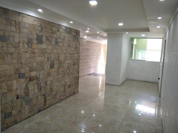 Apartamento Obra Limpia / Rayzy Rosales 0424648358