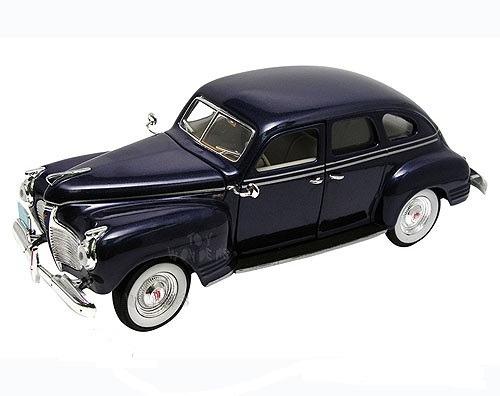 Plymouth 1941 Escala 1/32 Signature Models