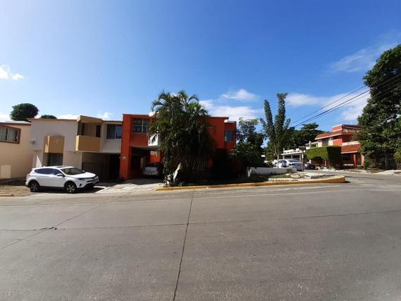 Casa En Renta Los Pinos