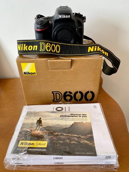 Câmera Fotográfica Profissional Nikon D600
