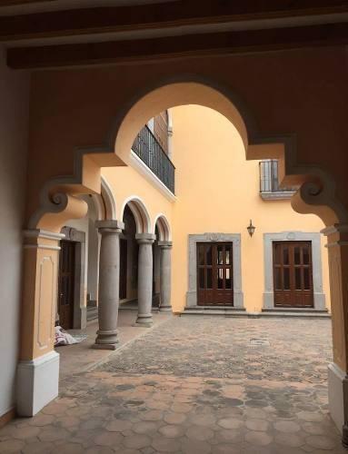 En Venta Preciosa Residencia En El Centro Histórico De Querétaro, T.460 M2.-