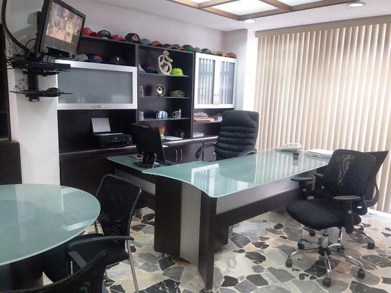 Oficina En Venta Bello Monte Código 20-32/ Marilus G.