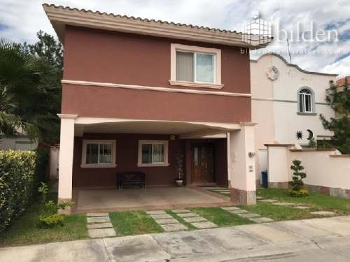 Casa En Venta En Fracc Los Pinos Residencial