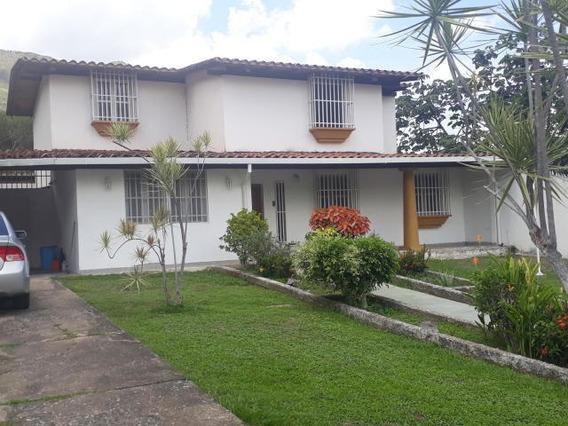 Casa En Venta Urb El Castaño Maracay Mj 20-6811