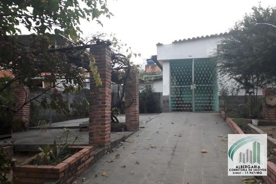 Casa Com Lote De 409m² Bairro Santa Cruz - 728