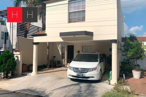 Imagen 1 de 12 de Casa En Venta Valle Del Mirador Al Sur De Monterrey