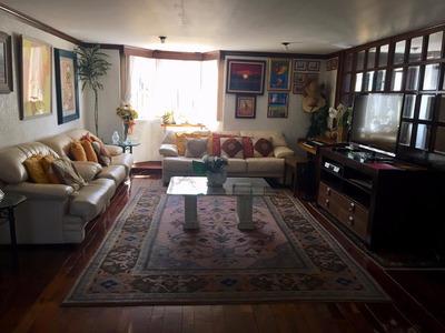 Casa Con Excelentes Acabados Y Buena Ubicación