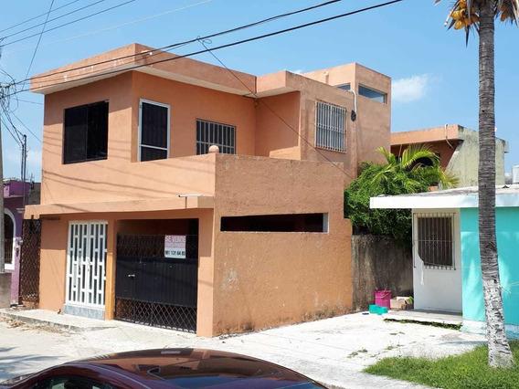 Casa De 2 Pisos Con 4 Recámaras Y 2 Baños. Precio Negociable