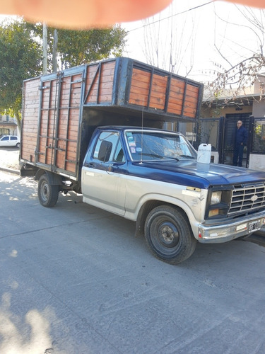 Ford F100 .