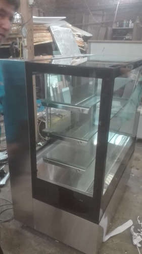 Maquina Exhibidora De Tortas